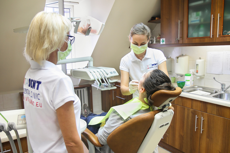Cabinet dentaire des soins dentaires des prix attractifs en hongrie - Cabinet dentaire dammarie les lys ...